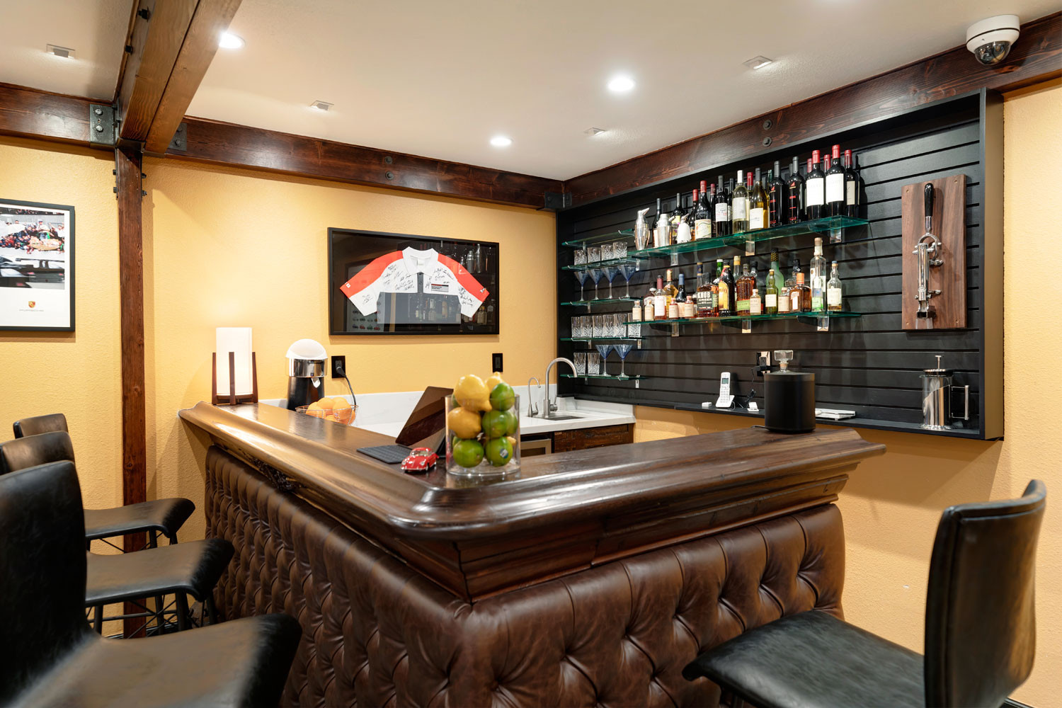 Private Lounge Bar