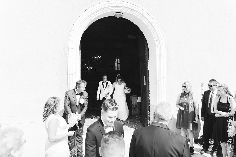Photo sortie église des mariés