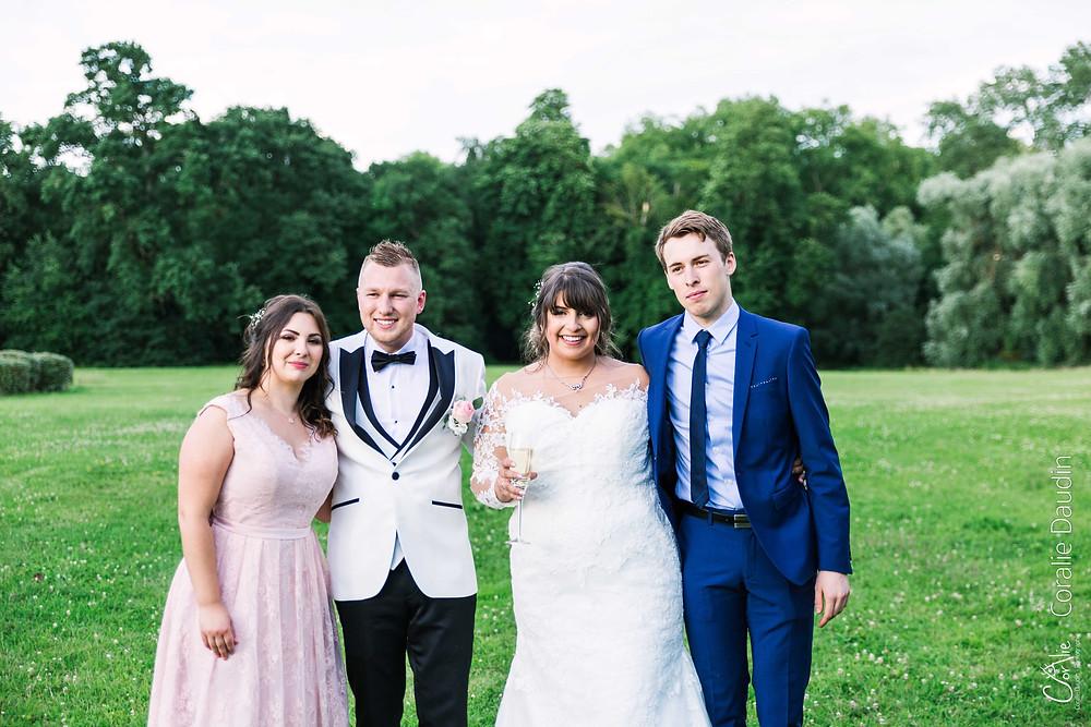 photo de groupe mariage à Suisnes Seine et Marne