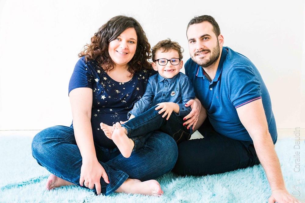 Séance photo famille en studio à Massy