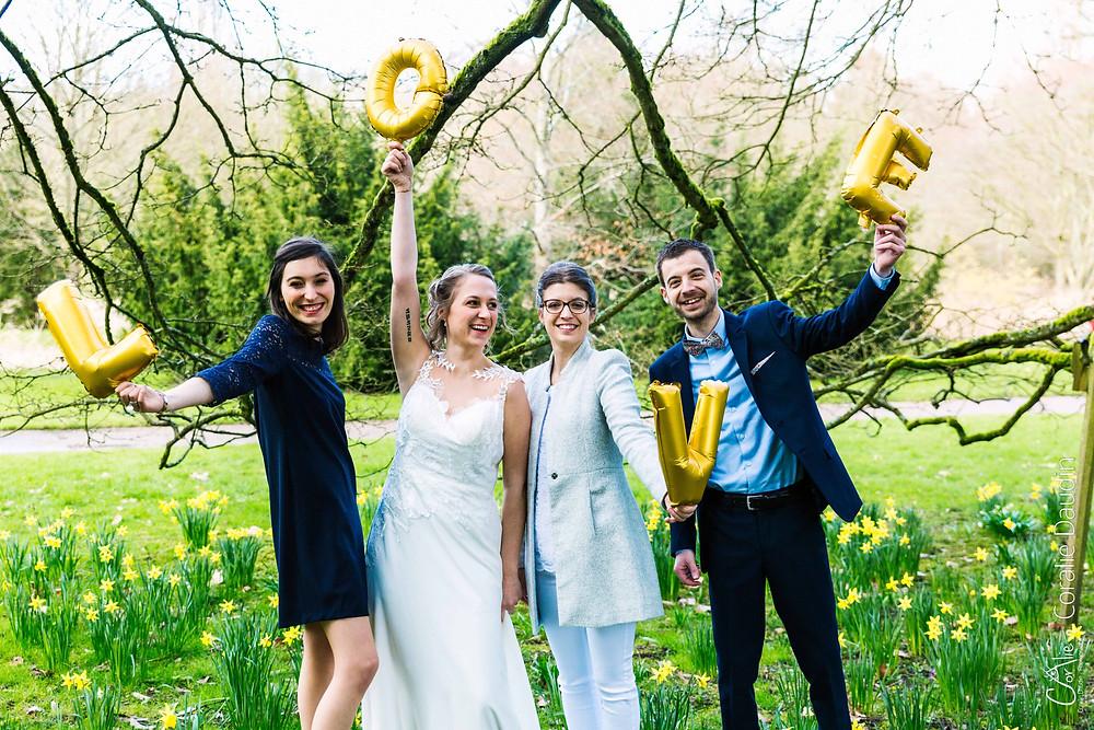 reportage mariage, photo mariés avec témoins, Châtenay Malabry