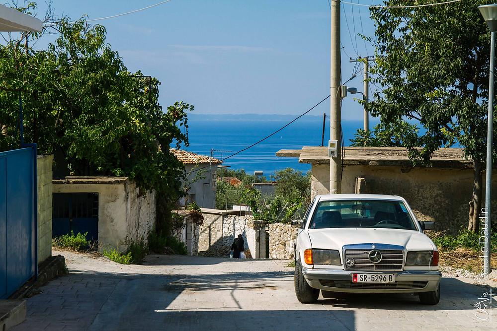 village albanais