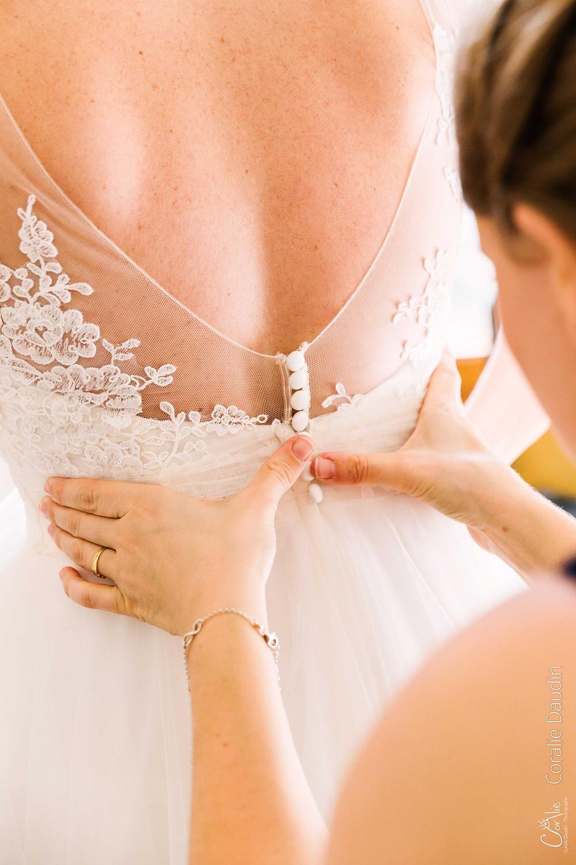 Reportage photo mariage Essonne robe de la mariée