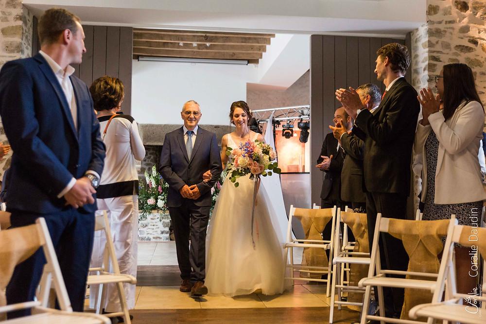 photo entrée de la mariée