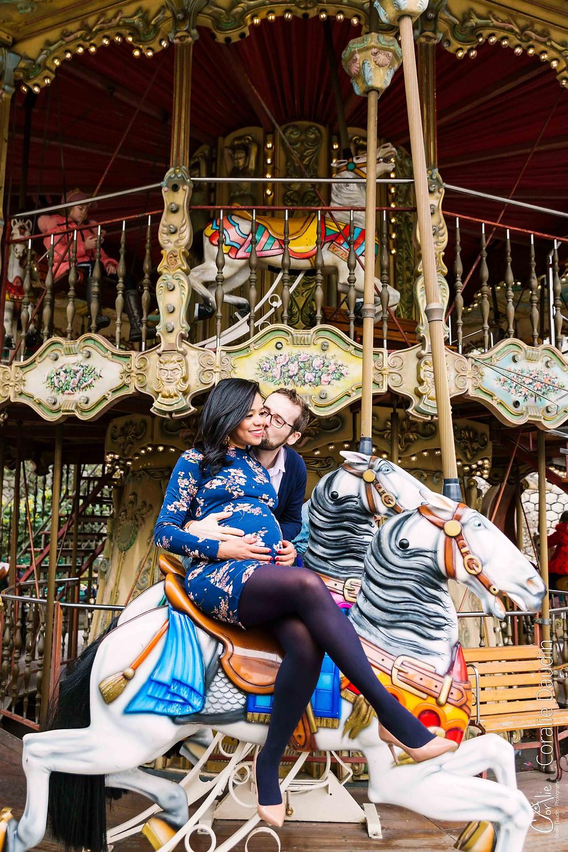 Photo couple au manège de Montmartre