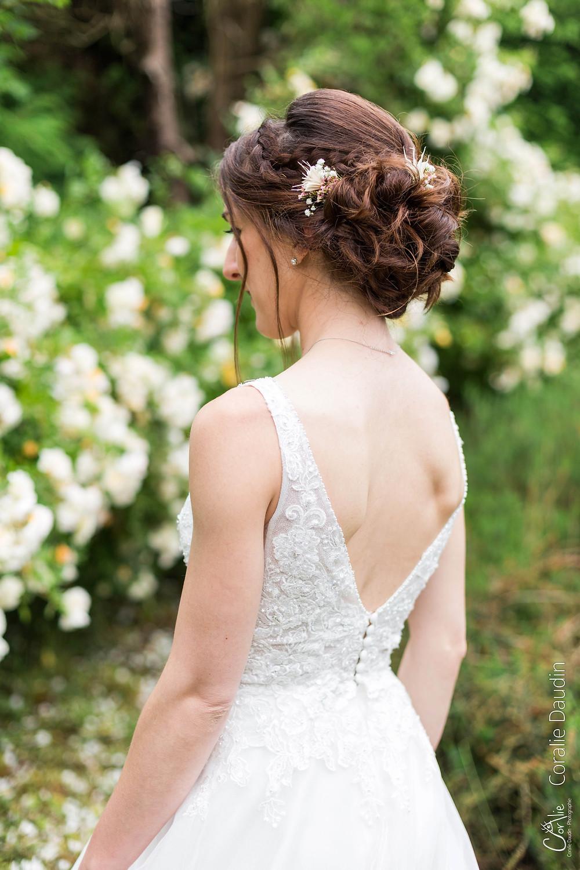 photo détail coiffure mariée