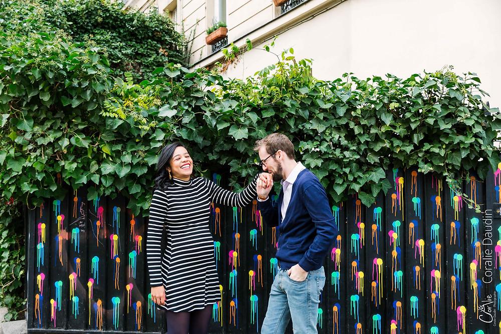 Séance photo grossesse à Montmartre