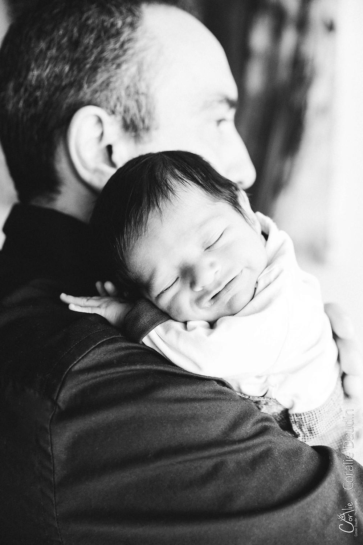 Photographe bébé à domicile basée à Massy en Essonne