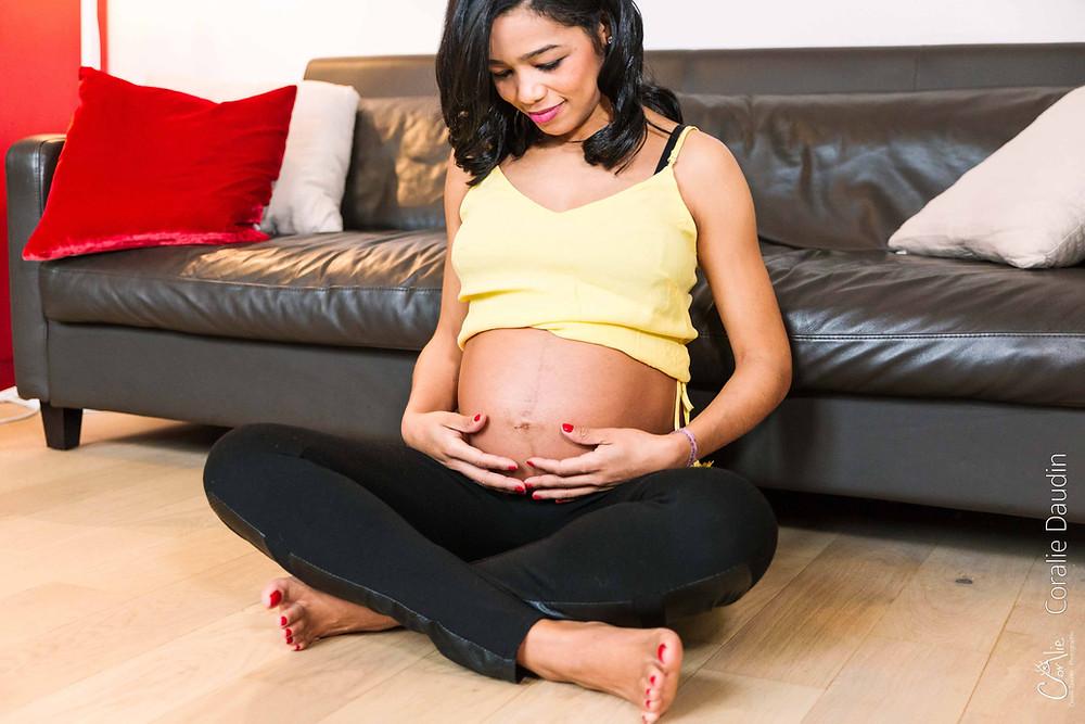 Séance photo femme enceinte à Paris