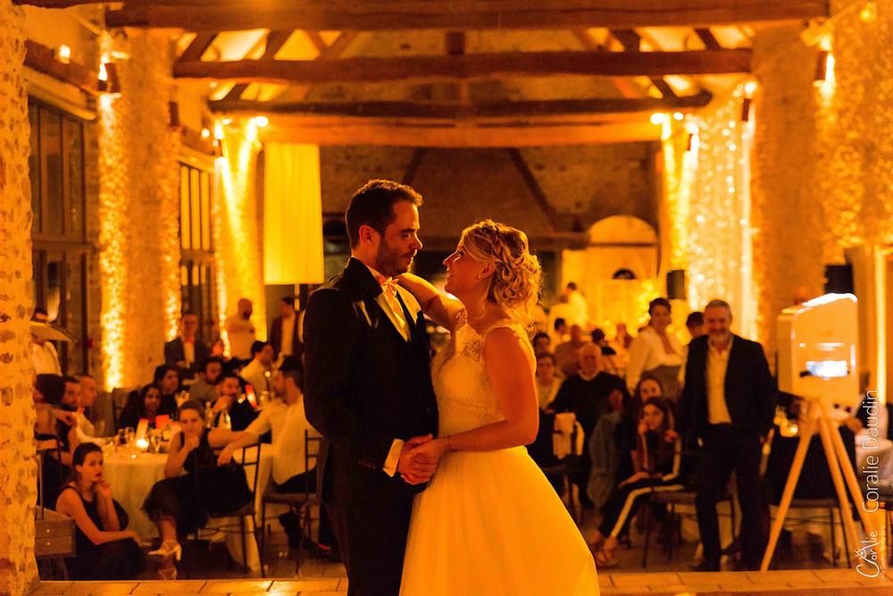 Danse des mariés Reportage photo mariage ouverture du bal Les Hauts de Pardaillan