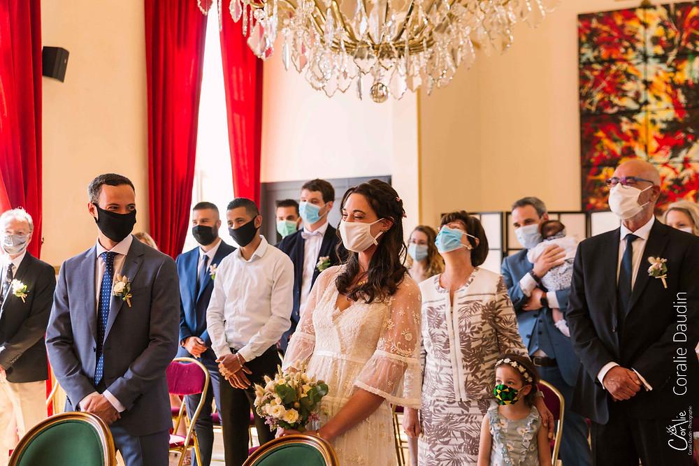 photographie mariés cérémonie civile en Essonne