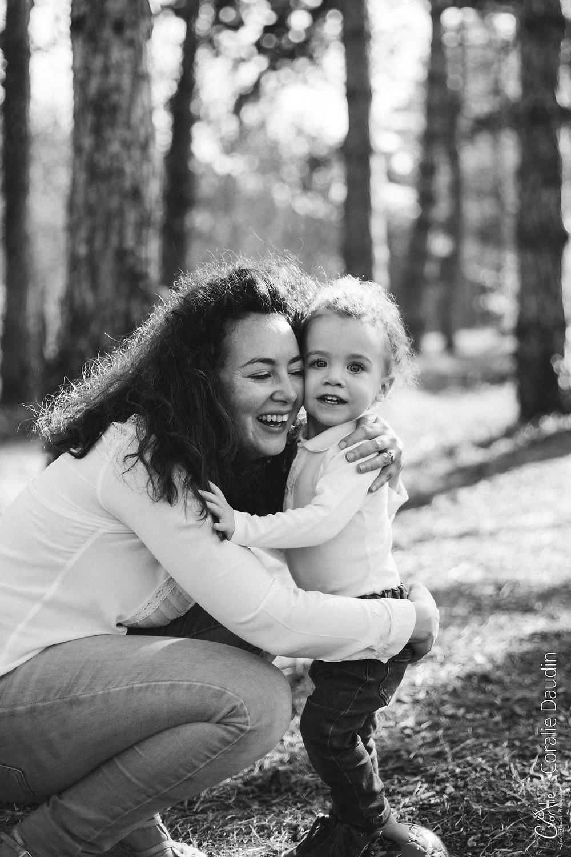 portrait photo mère et son bébé à Sceaux (92)