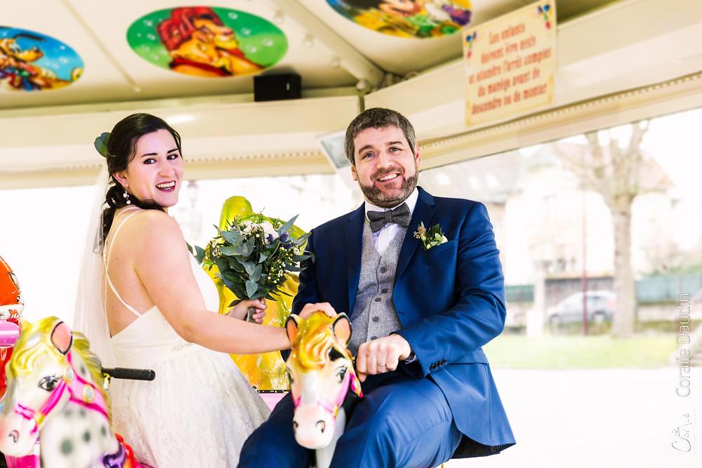 Photo mariage originale dans un manège