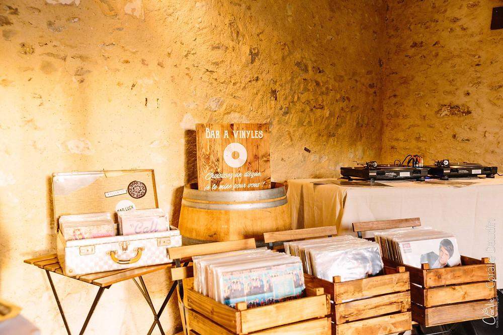 De minuit DJ Bar à vinyles