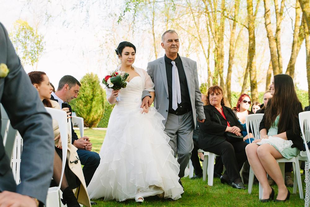Photo cérémonie extérieure - Coralie Daudin-Photographe mariage Essonne- reportage mariage