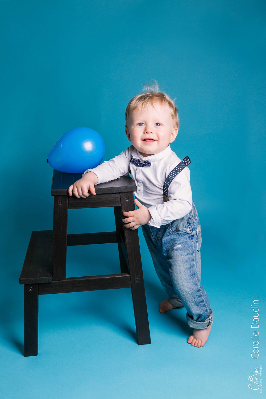 séance photo premiers pas de bébé