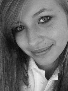 LauraTeen, 22 Paris, France