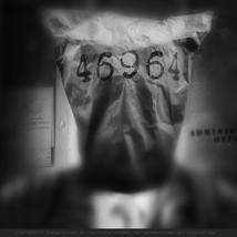 2 LOST IDENTITY -D8A_4032e4A+title.jpg