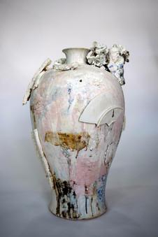 herculean porcelain vase