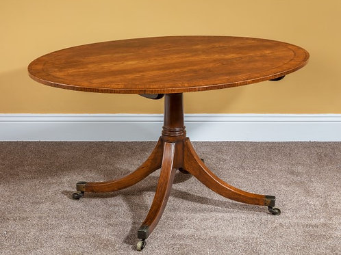 Fine Sheraton Period Oval Centre Table