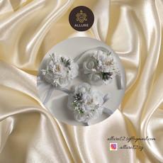 white corsage1-mini.jpg