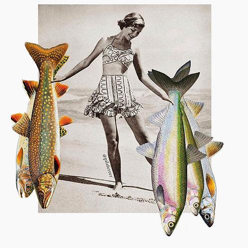 Imagen de una mujer de estilo vintage con peces en las manos