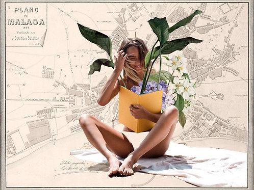 Cuadro collage de una chica en bikini leyendo un libro con el mapa de Málaga de fondo