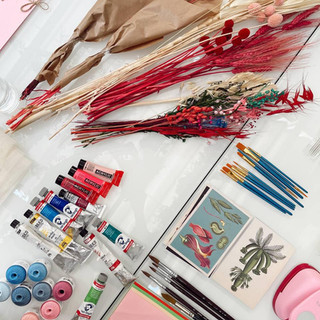 Materiales taller de collage Armani Beauty