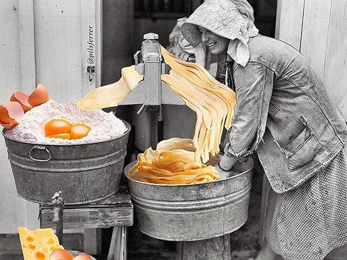 Collage de una mujer haciendo pasta