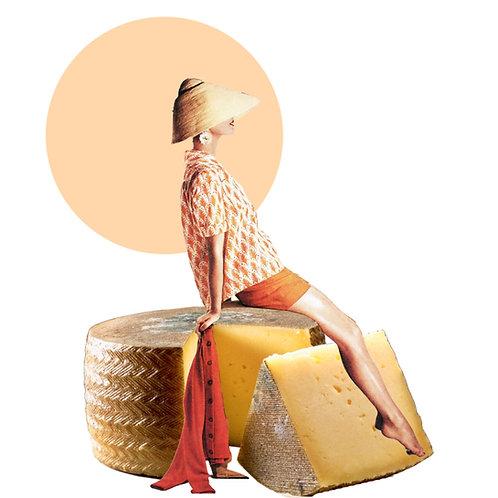 Collage de una mujer sentada sobre un queso