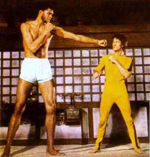 kareem-abduljabbar-and-bruce-lee__140507222128.jpg