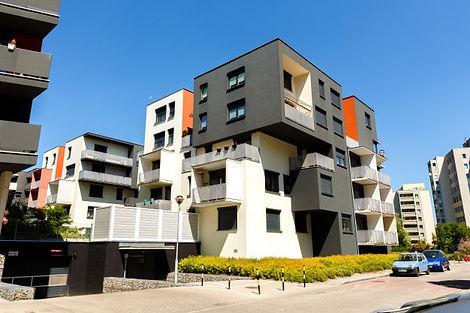 Kuşadası Davutlar Merkezinde Satılık Apartman Dairesi