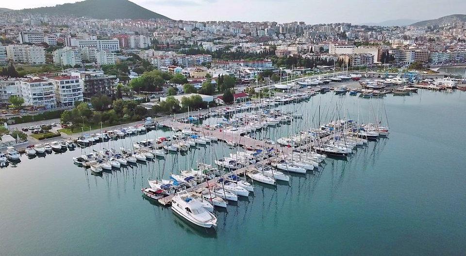 Kuşadası Türkmen Mahallesi Marina
