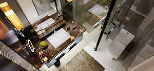 Villaların üst katında bulunan her ayrı oda için ebeveyn banyosu bulunmaktadır.