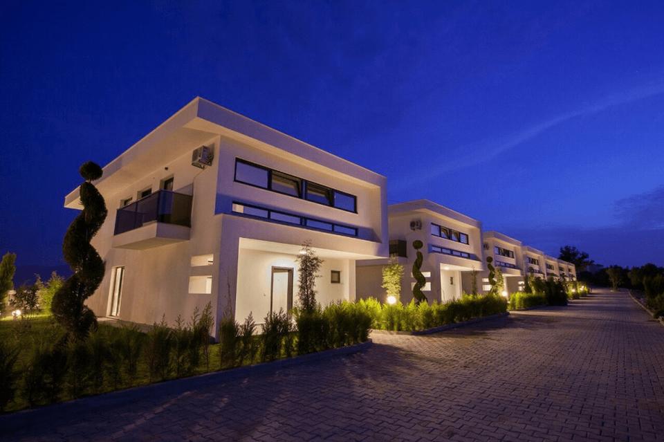 Kuşadası Değirmendere Mahallesi'nde Satılık Villalar