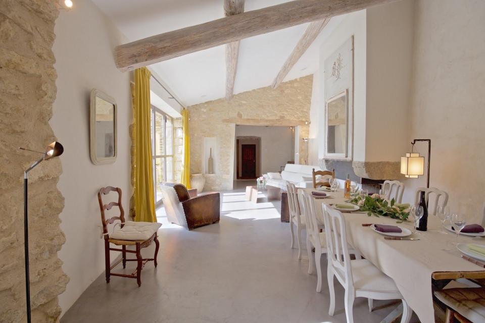 Ev tasarımında doğal yapı malzemeleri kullanma