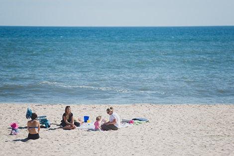 Kadıkalesi Plajı'nda İnsanlar