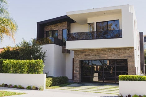 Kuşadası Karaova Mahallesi'nde Satılık Villa
