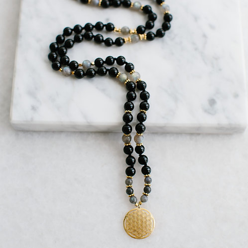 Black Crystals Mala