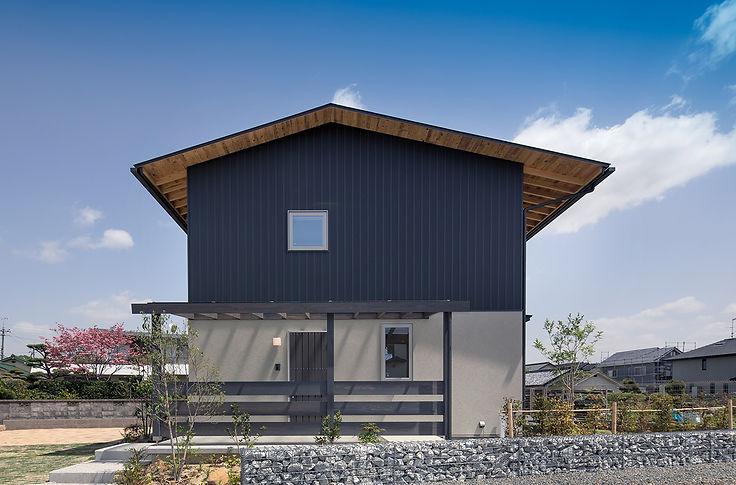 半田雅俊ー和歌山の家