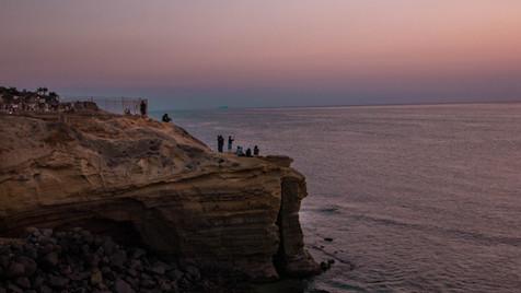 SUNSET CLIFFS OCEAN BEACH