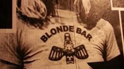 BLONDE BAR