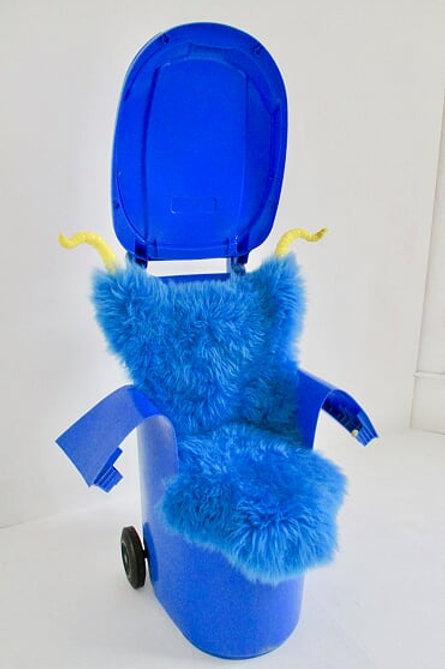 Wheelie Chair
