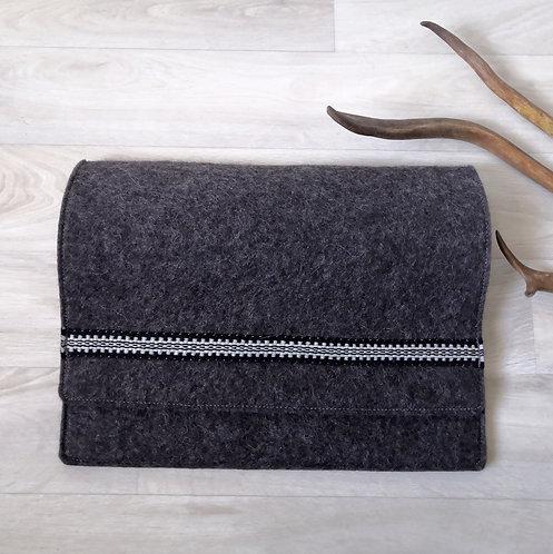 Laptop sleeve - stony grey