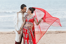 Indian_Wedding_Bride_Australia_photography_Sikh_Bride_Groom_weddings_tasveerweddingco_hannahk_Melbourne_GoldCoast_Brisbane_Sydney_Perth_CoffsHarbour_Adelaide_tasveer_female_photographer_cinematography_punjabi_dulhan_shaadi_mandap_sari_lengha_dupatta_gujarati_srilankan