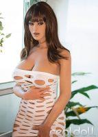 Stephanie_RD2_Config1_2-143x200