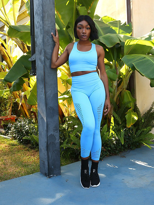 Formidable Apparel Mesh Seamless Legging With Ribbing Detail - Blue