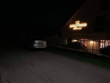 Rozvoz svatebních hostů z hotelů Palfrig.