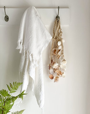 Hanging Shell Decoration set of 4