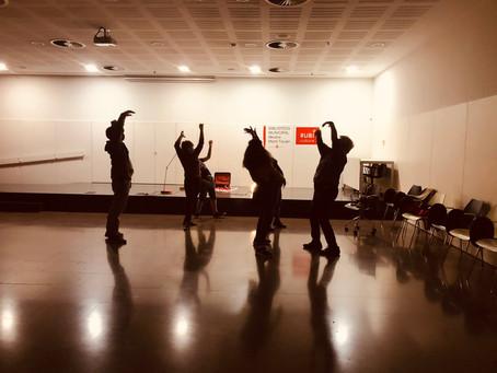 I ara què fem? el teatre comunitari juga amb les arts visuals